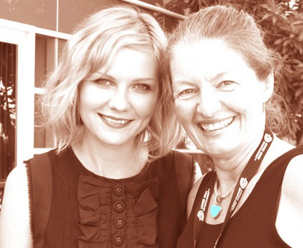 Kirsten Dunst poses with San Diego video producer Patty Mooney